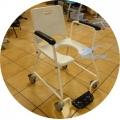 Wózek sanitarny prysznicowy na kółkach CЄ C 210