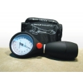 Ciśnieniomierz zegarowy zintegrowany HS 201 T
